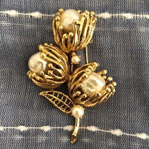 Vintage Brooch Unmarked